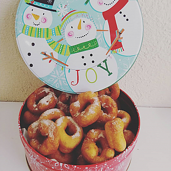 Holiday Tin - 2 Dozen Assorted Mini Donuts